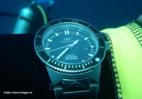 IWC Aquatimer GST 3536 Iwc_gst_aquatimer_submerged_diver