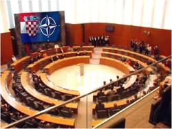 Politički odnosi Hrvatska-Slovenija Parlament_slovenija_NATO_RH_01