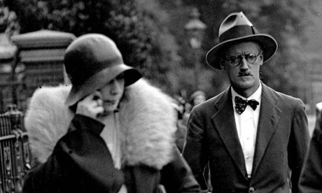 Dzejms Dzojs  - Page 2 James-Joyce-and-Nora-Barnacle-in-London-on-the-day-their-wedding-in-1931_