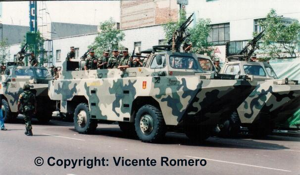 infanteria - BMR-600  y Anfibio PEGASO en la Armada de México Mxa-005
