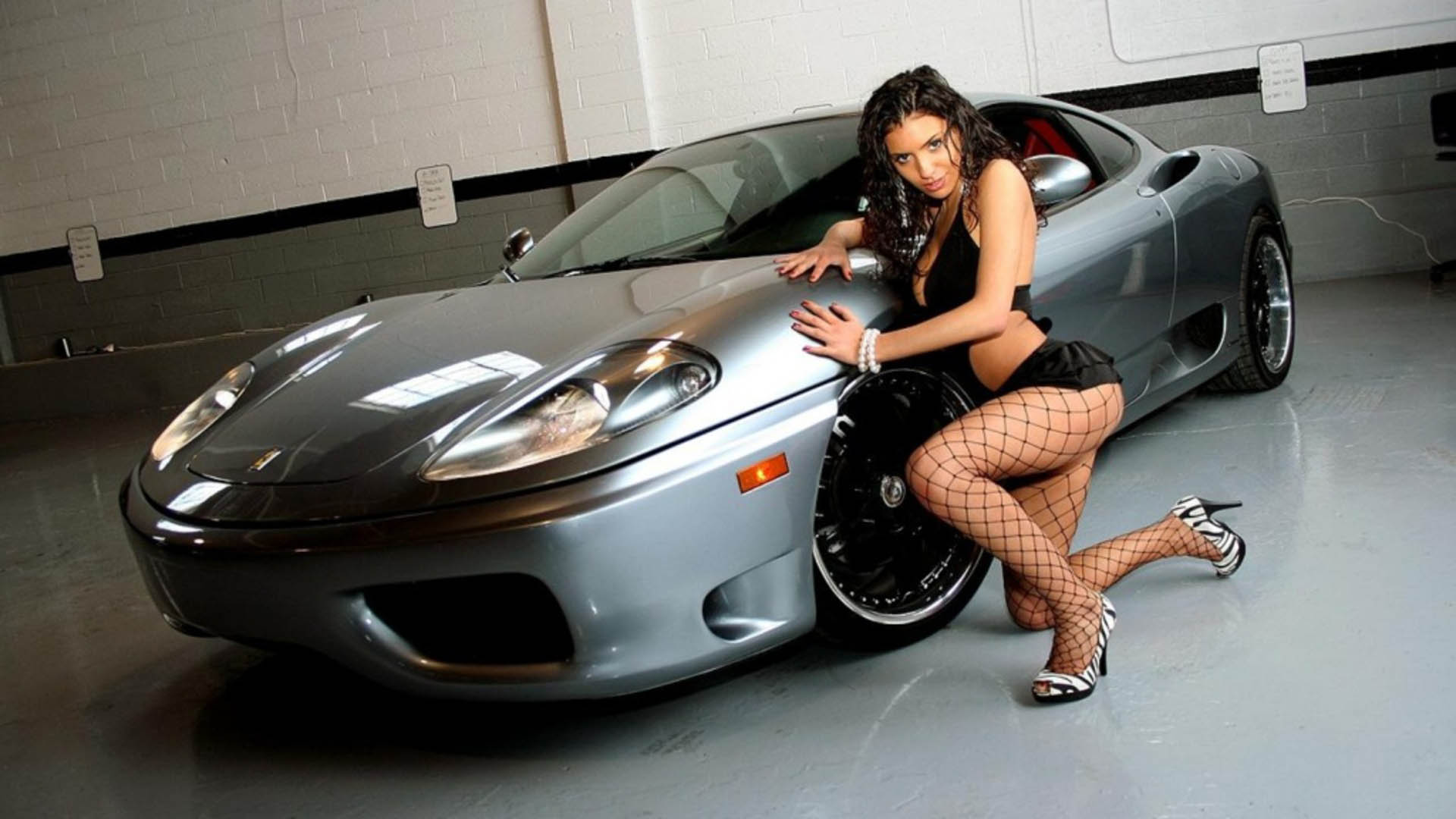Lepotice i Zveri - Page 5 Sexy-Cars-and-Girls-Wallpaper-and-Pictures-14