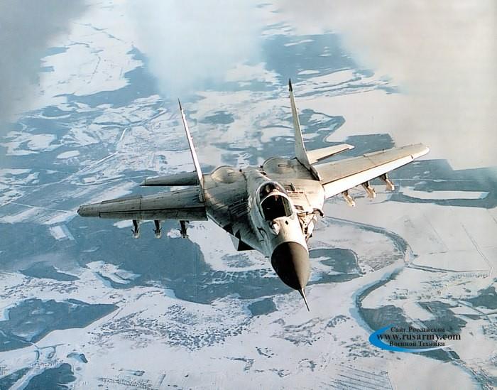 موسوعة اجيال الطائرات المقاتلة واشهر طائرات كل جيل - صفحة 10 Mig-29k%20002