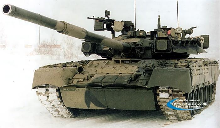 الأسلحة الحديثة لدى الجيش السوري Tnk_t-80%20002