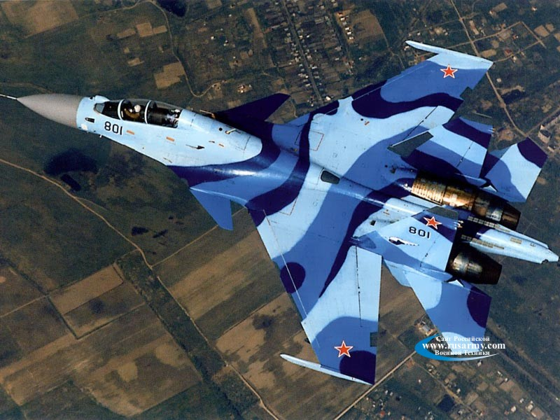 المقاتلة الروسية SU-35  المقاتلة التي لا تقهر Su-35ub_800%20002