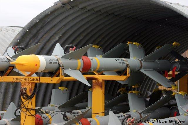 صواريخ جو جو الاسرائيلية (عائلتي رافائيل... بايثون وشافرير) 461e53d069e87_large