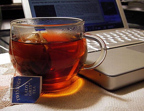 إحسـَآسِيّـے لآ يَصـفه { عِنـْوآטּ ♥ ..!  Tea66-saidaonline