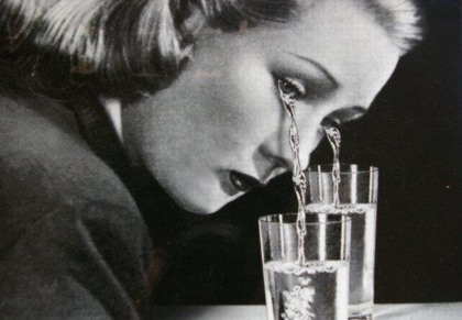 Antes fossem os meus audiófilos... Tears_girl_glasses