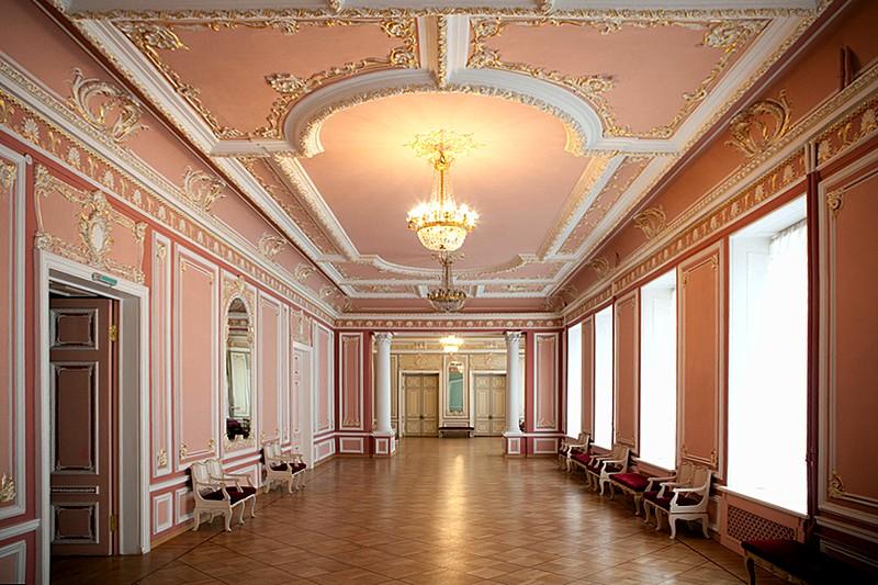 L'Orchestre philharmonique de Saint-Pétersbourg Interiors-of-st-petersburg-philharmonic