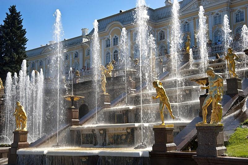 Rusija Grand-cascade-in-peterhof