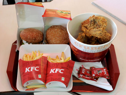 """Mc Do"" vs ""Quick"" vs ""KFC"" vs ""Burger King"" Kfc3"