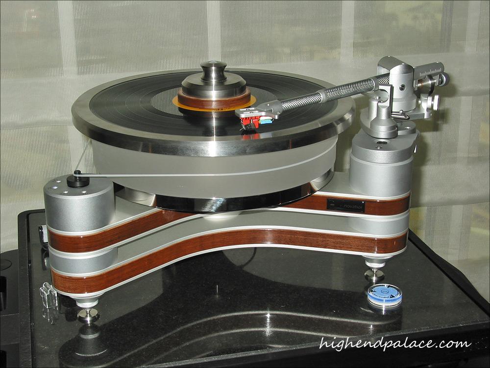 VINILO VS CD C09106