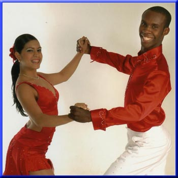 Ples,muzika igra Salsa