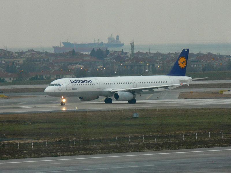 Yeşilköy Havaalanından Kareler Uçak sevenlere ;) P1050560_resize