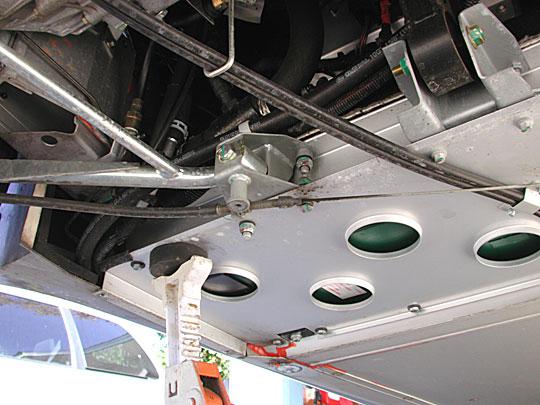 Rumore/vibrazione metallica Rearjackstand