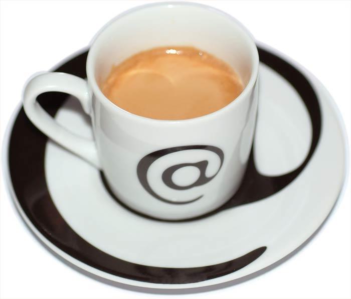 *** Sperem *** 10th sezione _ - Pagina 40 Tazzina_di_caffe_espresso