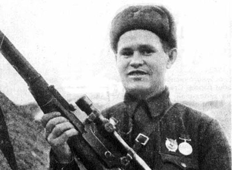 Bασίλι Ζάιτσεφ (1915 – 1991) Vasily_Zaitsev