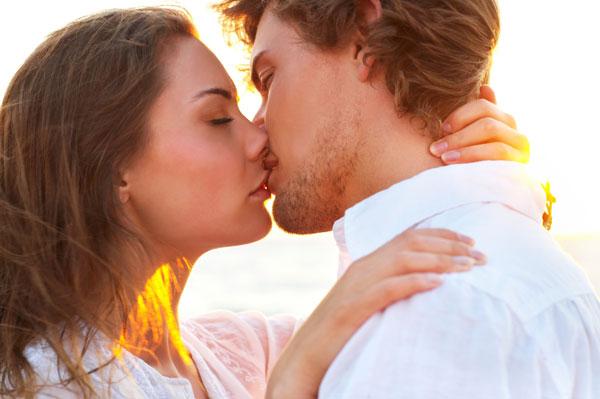 Poljubac  - Page 3 Poljubac1