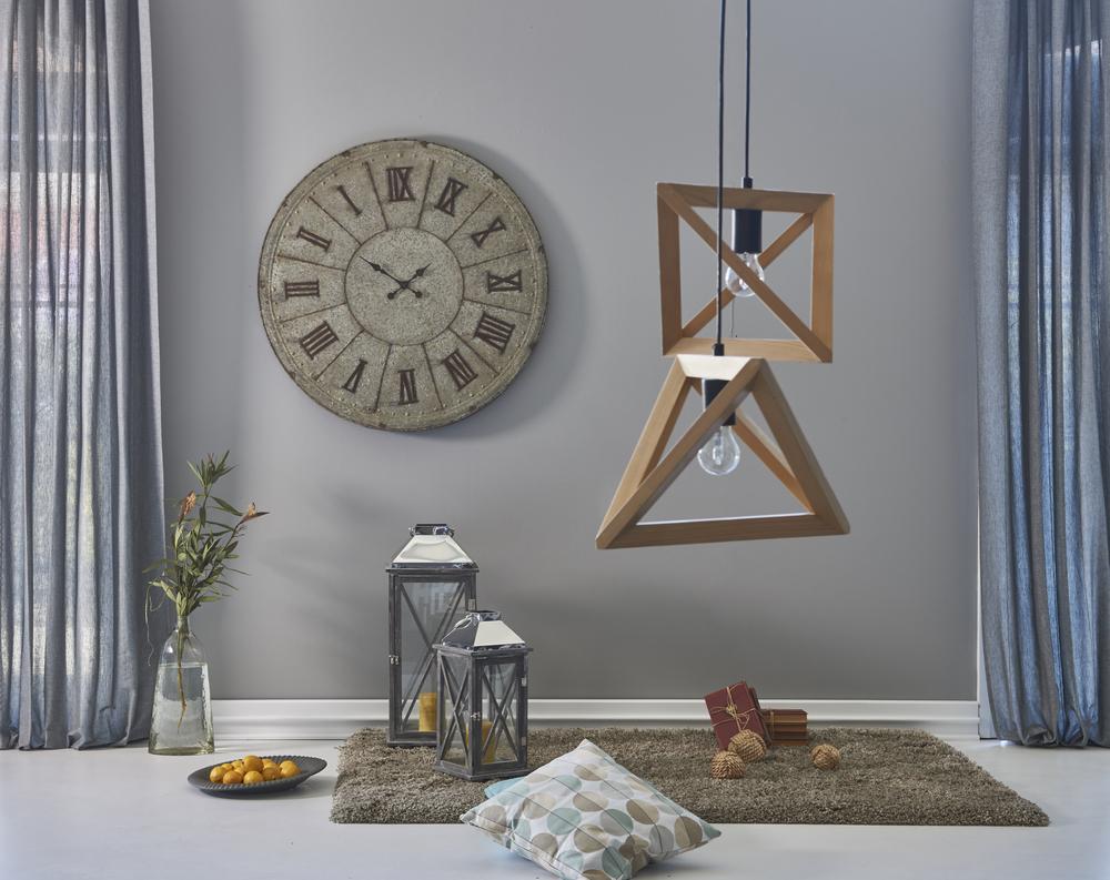 نصائح لحسن اختيار لون المنزل  Shutterstock_651529042