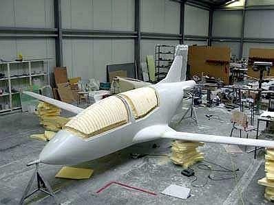 طائرة الإستطلاع الجوي المتطورة LH-10 M التي يتم تصنيعها بالمغرب - صفحة 2 Elipse%20005