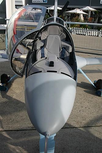 طائرة الإستطلاع الجوي المتطورة LH-10 M التي يتم تصنيعها بالمغرب - صفحة 2 Elipse%20019