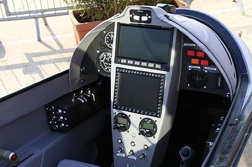 طائرة الإستطلاع الجوي المتطورة LH-10 M التي يتم تصنيعها بالمغرب - صفحة 2 Elipse%20021