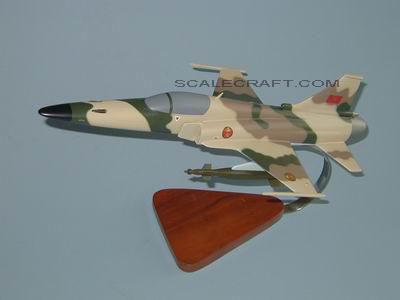FRA: Photos F-5 marocains / Moroccan F-5  0218%20F-20%20Morocco