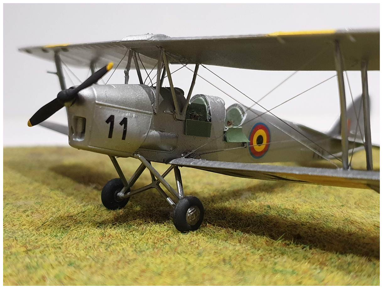 [Airfix] De Havilland Tiger Moth - Belgian air force  +/- 1952 20191213_160612r