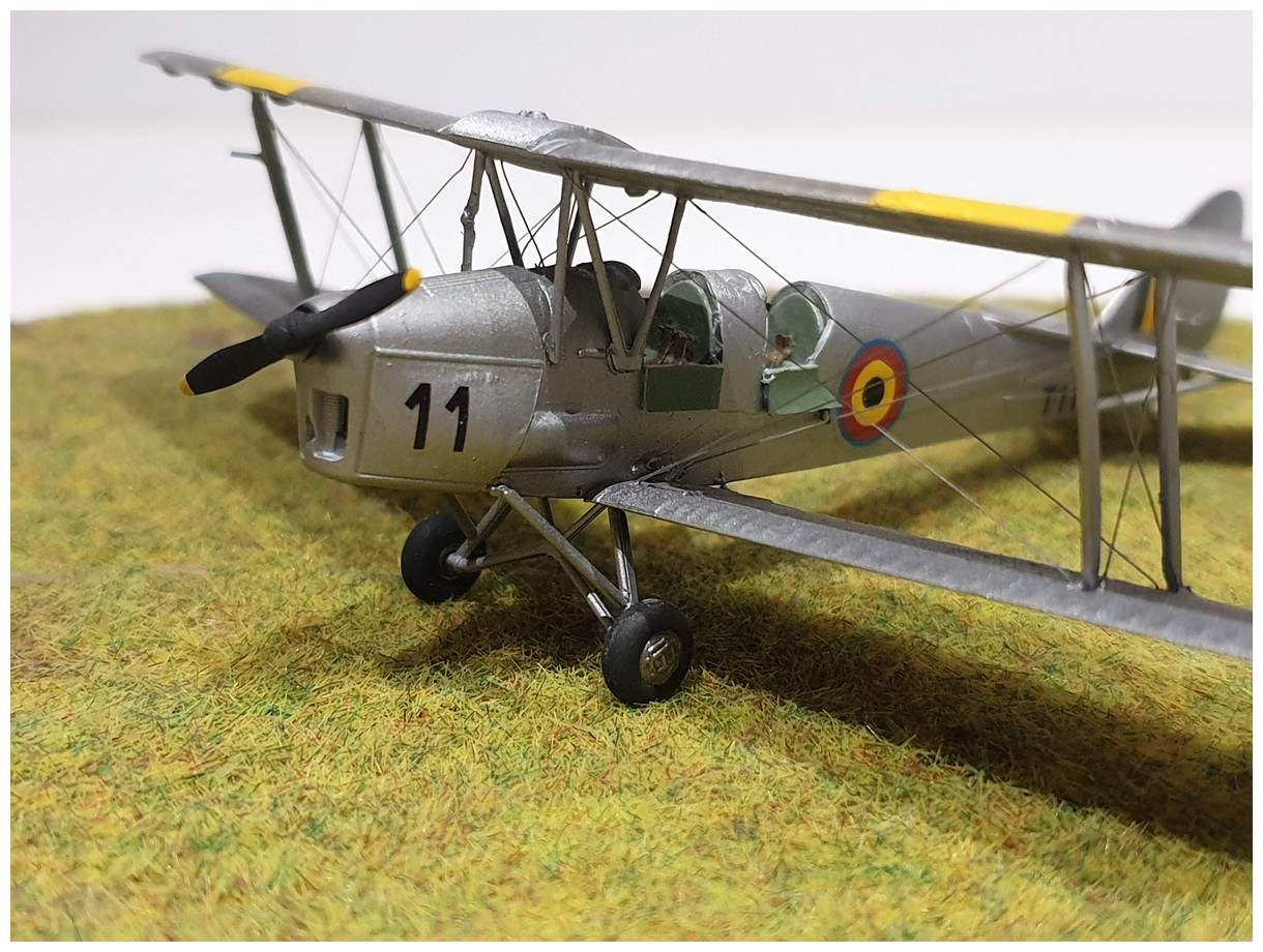 [Airfix] De Havilland Tiger Moth - Belgian air force  +/- 1952 20191213_160618r