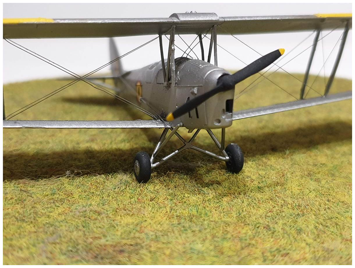 [Airfix] De Havilland Tiger Moth - Belgian air force  +/- 1952 20191213_160626r