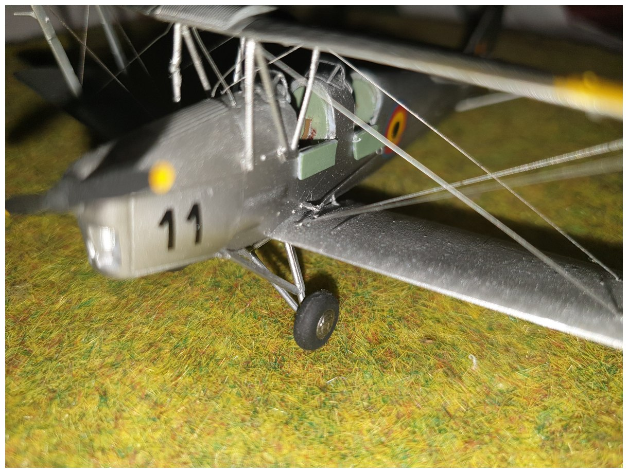 [Airfix] De Havilland Tiger Moth - Belgian air force  +/- 1952 20200106_174101r