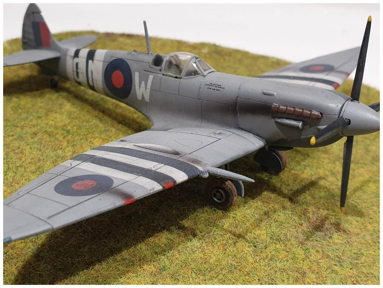 [Italeri] Supermarine spitfire Mk VII 20191213_160013r