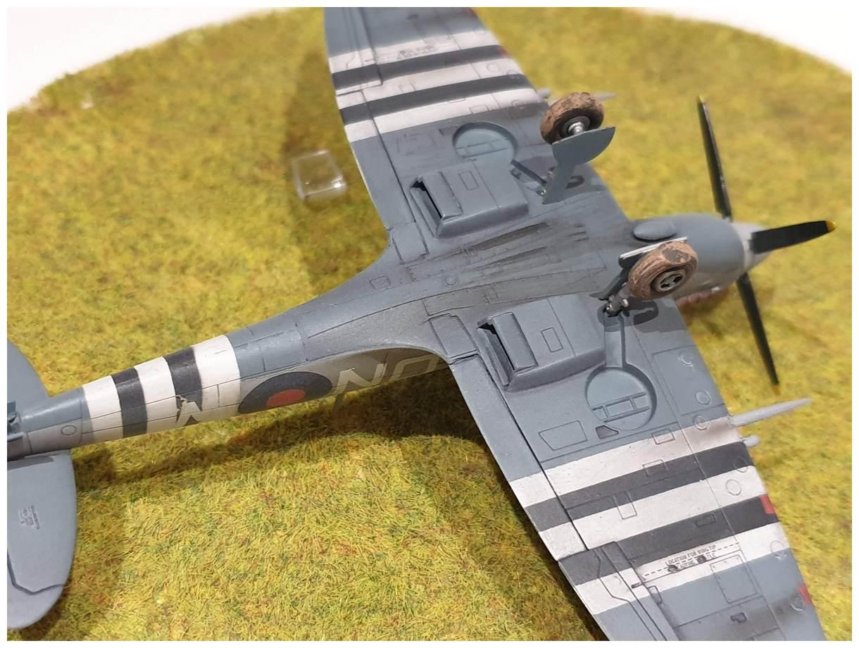 [Italeri] Supermarine spitfire Mk VII 20191213_160059r