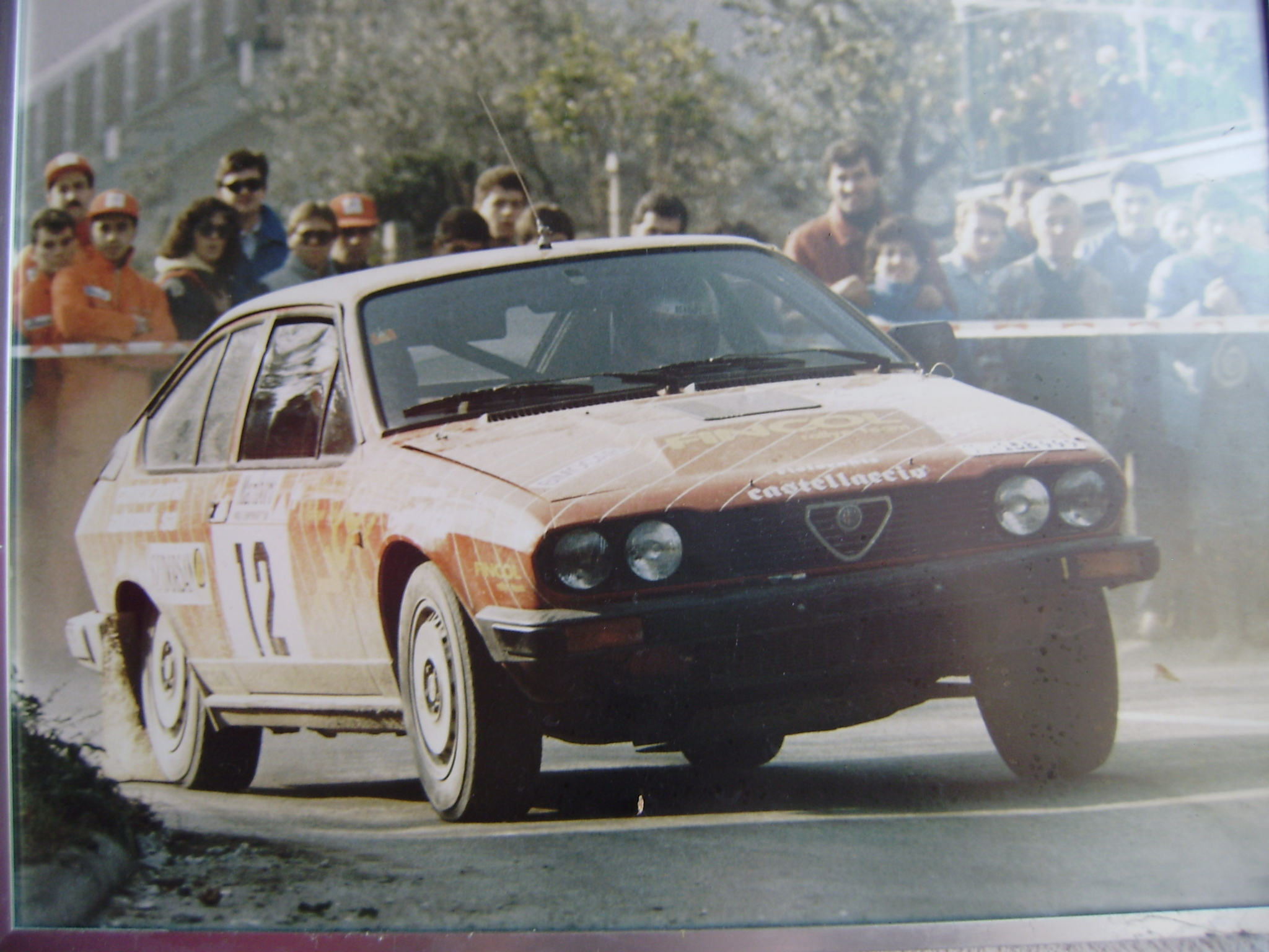 ...et à part Porsche, vous avez eu quelles autos? - Page 5 ALFA-GTV6-1987