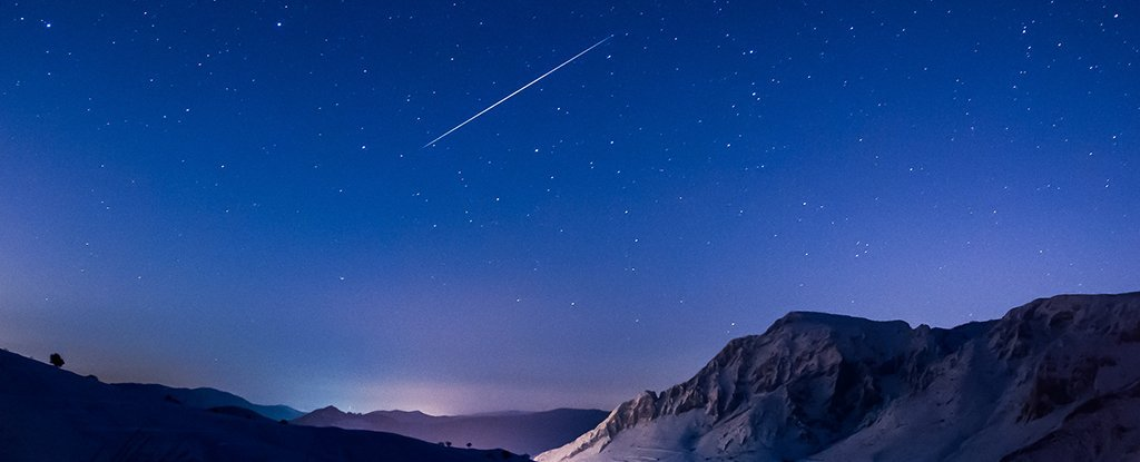 The Complete Guide to 2018's Best Meteor Showers  Geminids_meteor_shower_1024
