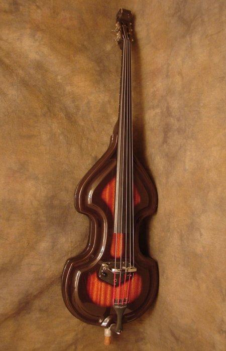 Outra promoção do Tio Alex.  1960s-Ampeg-4-String-Baby-Bass-Big1