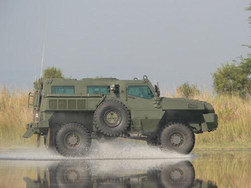 المدرعات المضادة للالغام   Aravis أو M-ATV Marauder
