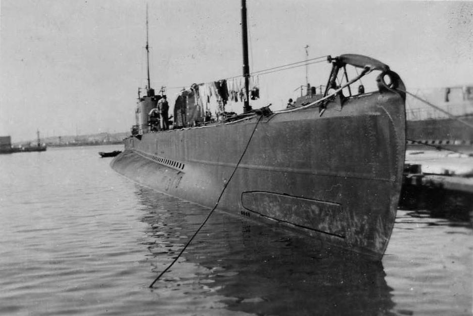 photos de sous-marin et de leur équipage Img007