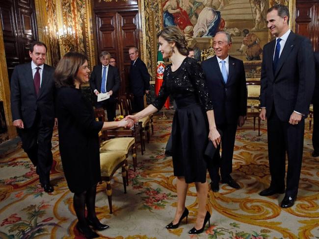 Felipe VI y Letizia - Página 8 Reyes-2