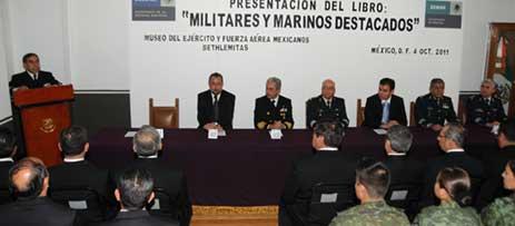 """Presentación del libro """"Militares y Marinos destacados"""" Foto_1"""