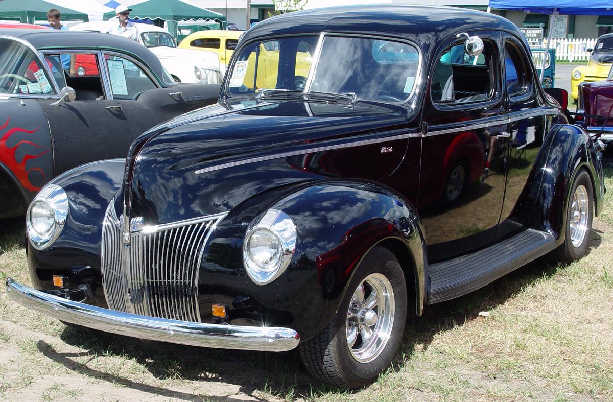 Oldtajmeri - Page 2 1940-Ford-Black-fa-mgr-sy