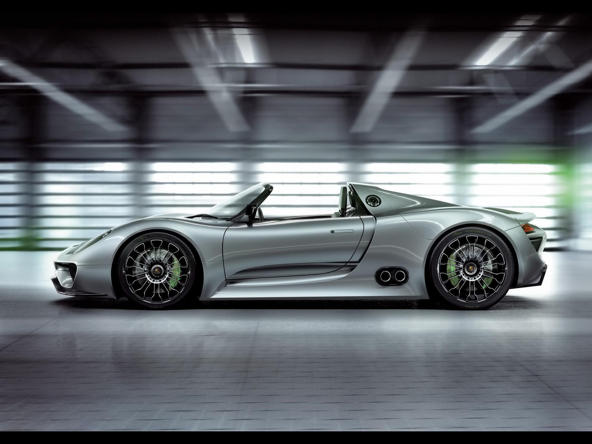 918 Spyder... Enfin... 2010-Porsche-918-Spyder-Concept-Side-1920x1440