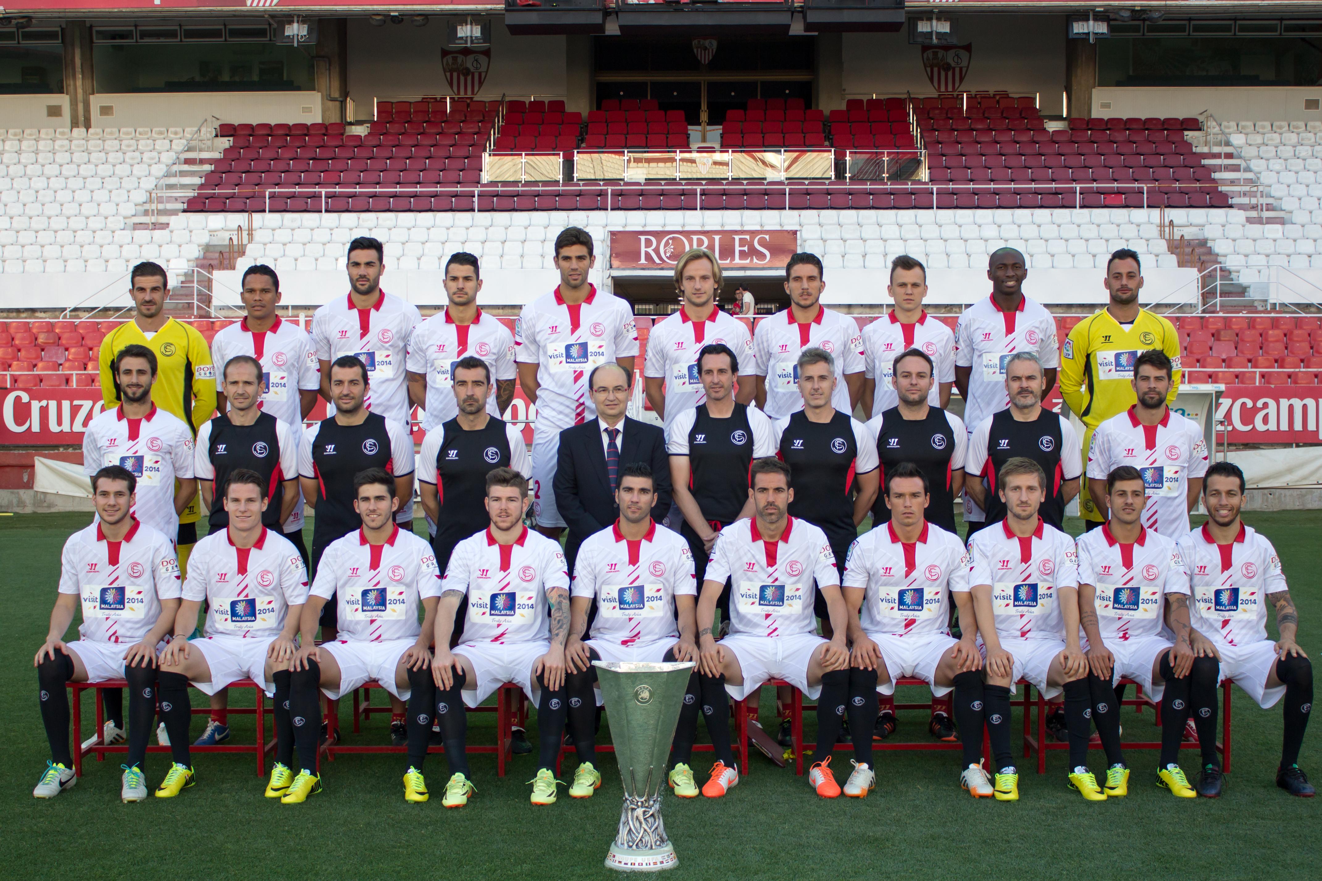Hilo del Sevilla FC Foto_oficial_copa_uefa