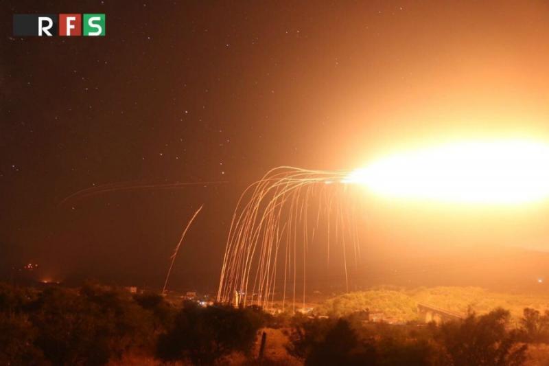 """"""" هيومان رايتس """" توثق ١٨ هجمة بالاسلحه الحارقة خلال شهر و نيف في حلب وادلب 880a390a43e060189829bd4424584e94_L"""
