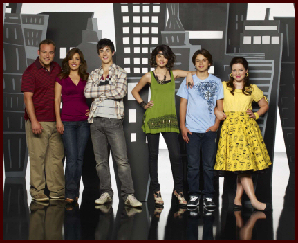 [Disney Channel] Les Sorciers de Waverly Place (2007-2012) - Page 3 Wowp3ext