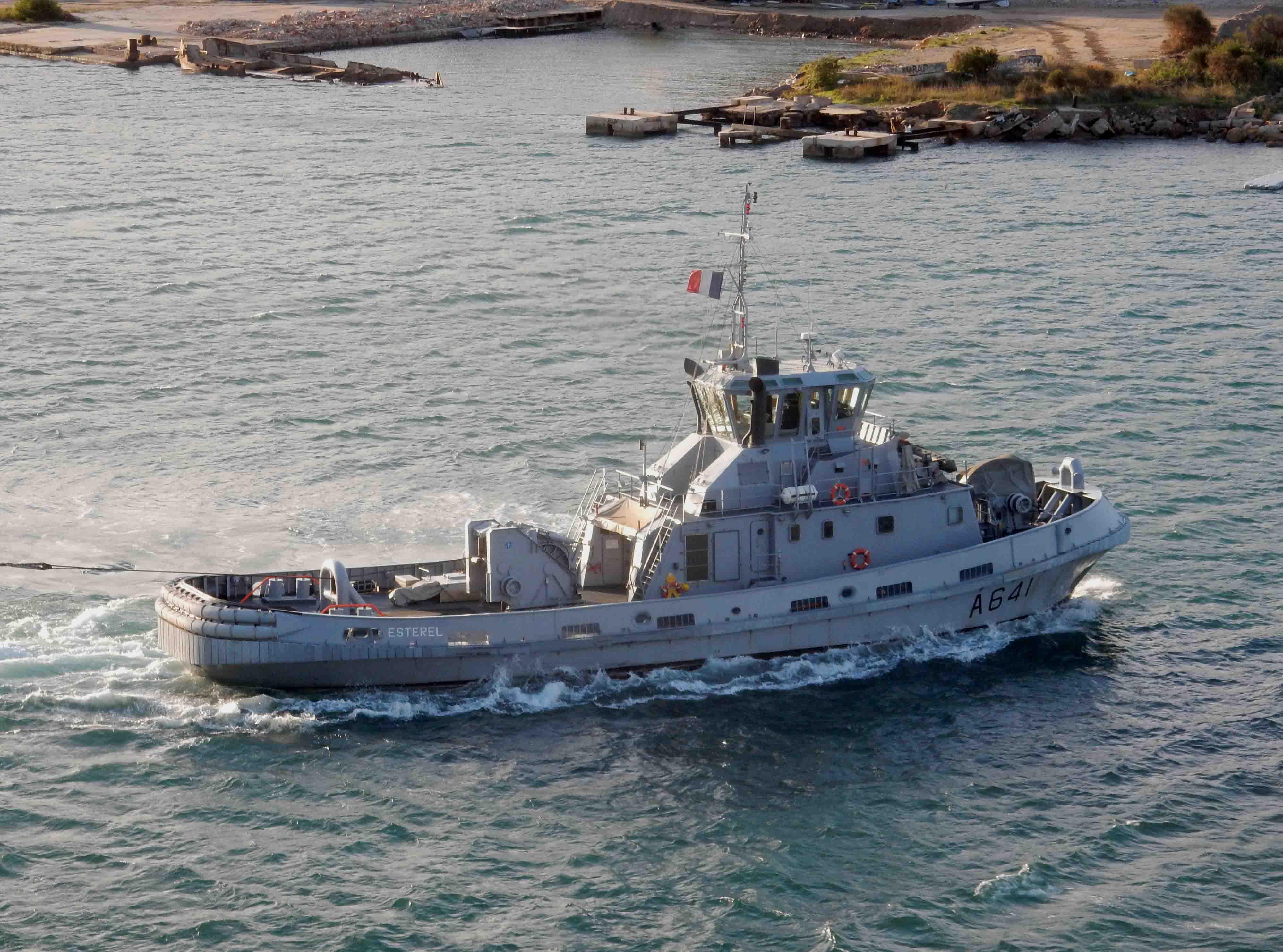 les Remorqueurs (portuaire, côtier, ...) 2582510