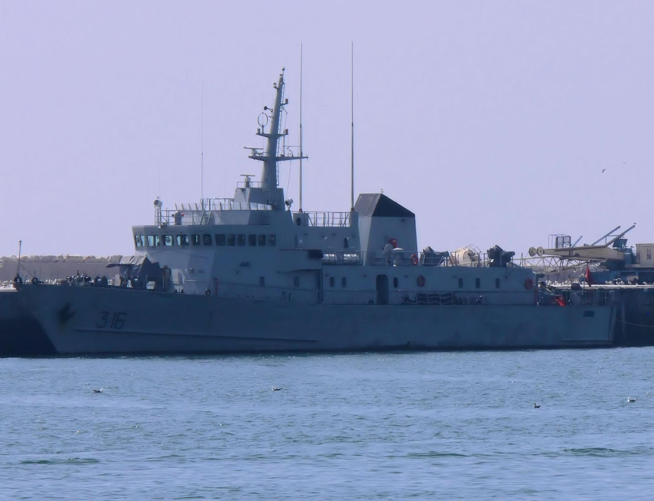 Royal Moroccan Navy Patrol Boats / Patrouilleurs de la Marine Marocaine - Page 12 2441501