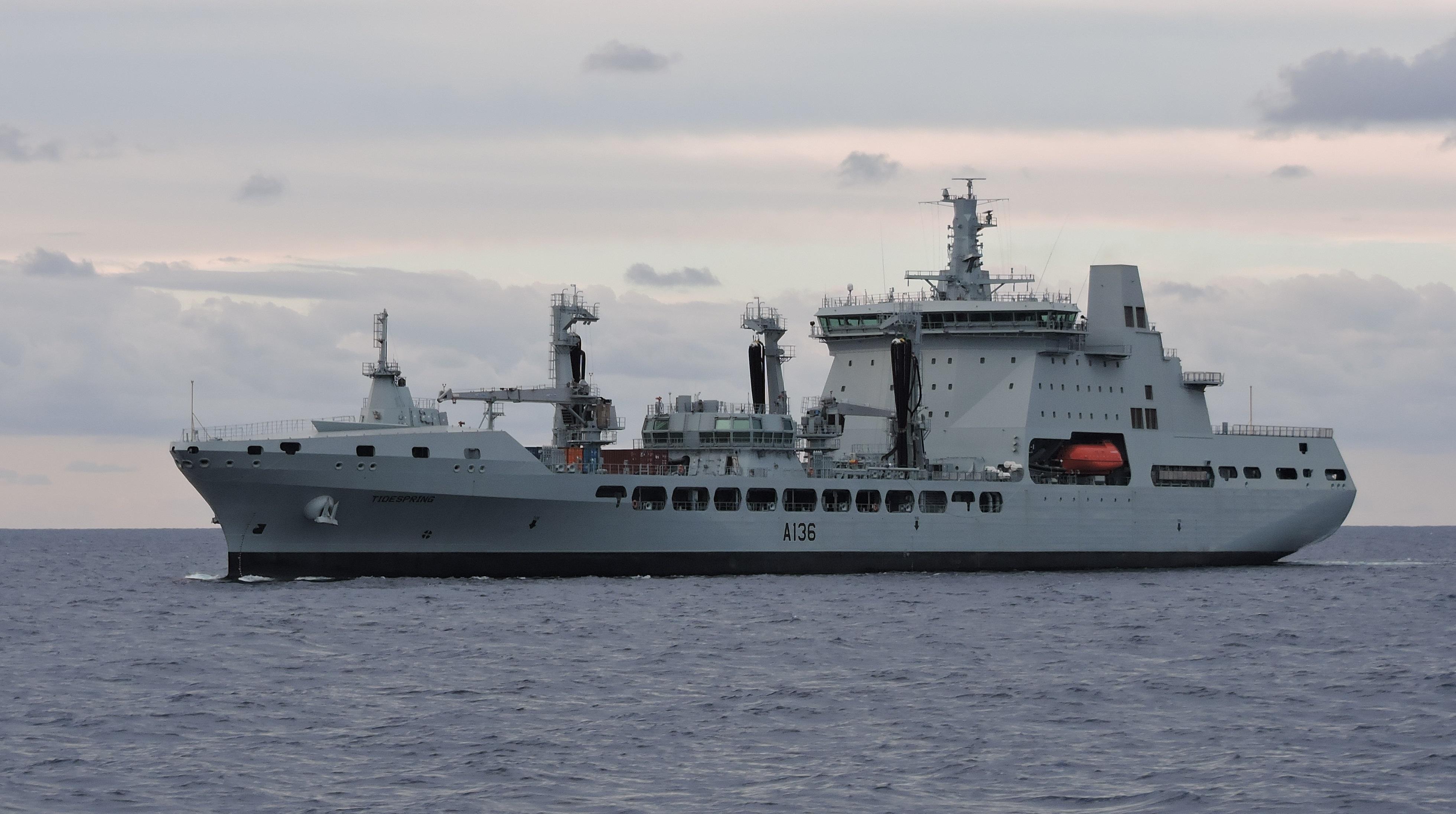 RFA : Royal Fleet Auxiliary - Page 3 2621041