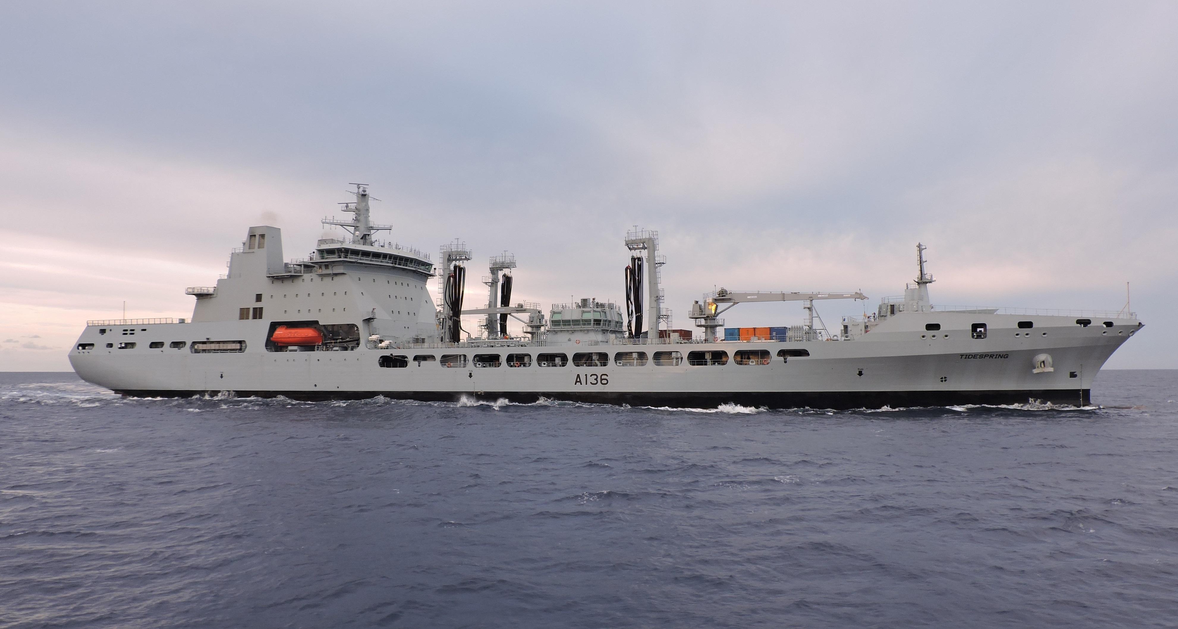RFA : Royal Fleet Auxiliary - Page 3 2621042