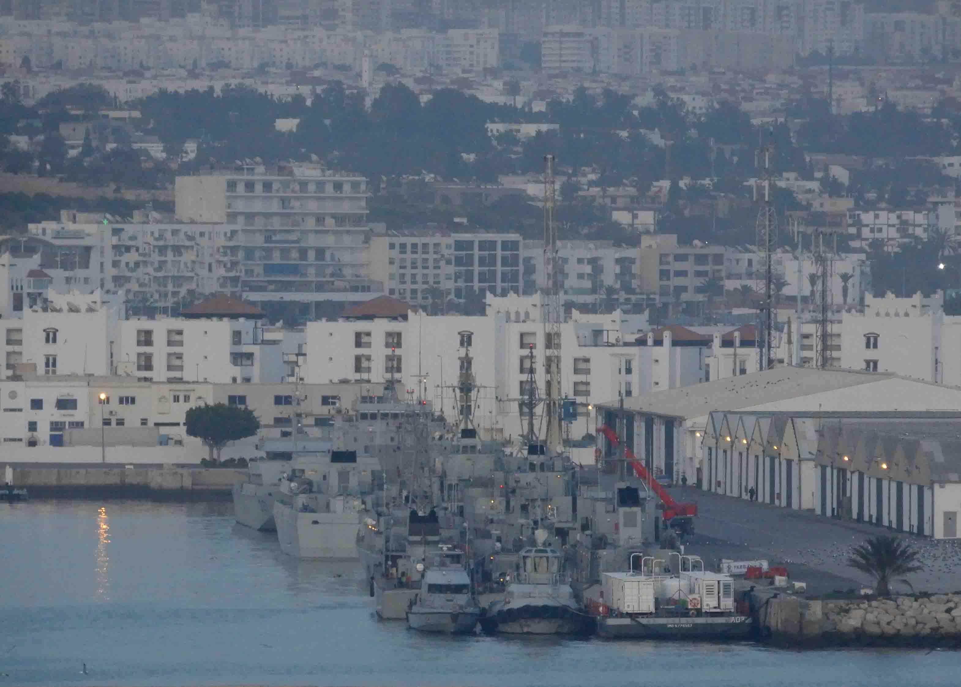 Bases et sites de la Marine Royale Marocaine - Page 2 2852472