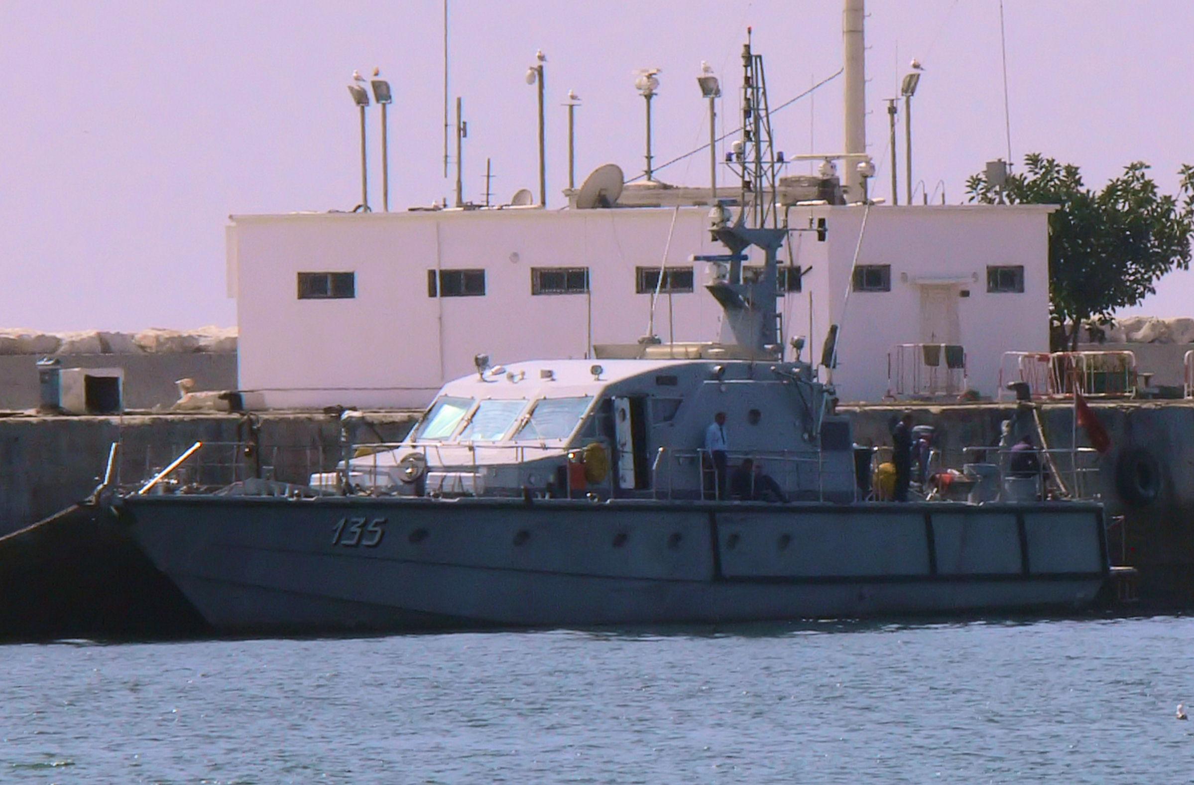 Moroccan Law Enforcement & Cost Guard Fleet / Vedettes de Surveillance et les Gardes des Côtes - Page 5 2441503